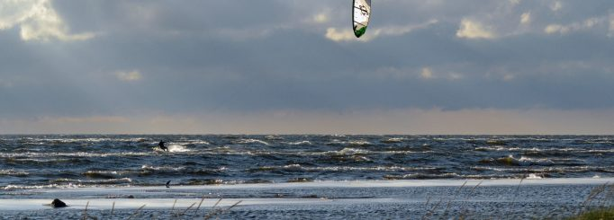 What to bring to the beach when kitesurfing in a non-tropical country