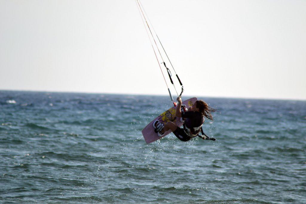 Lina Kitesurfing at the Mikri Vigla beach in Naxos