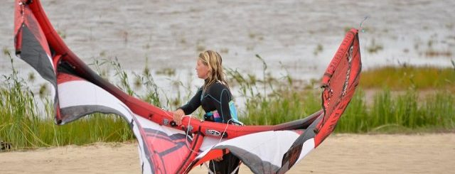 Picturefactory testing new Jib by filming Kitesurfing