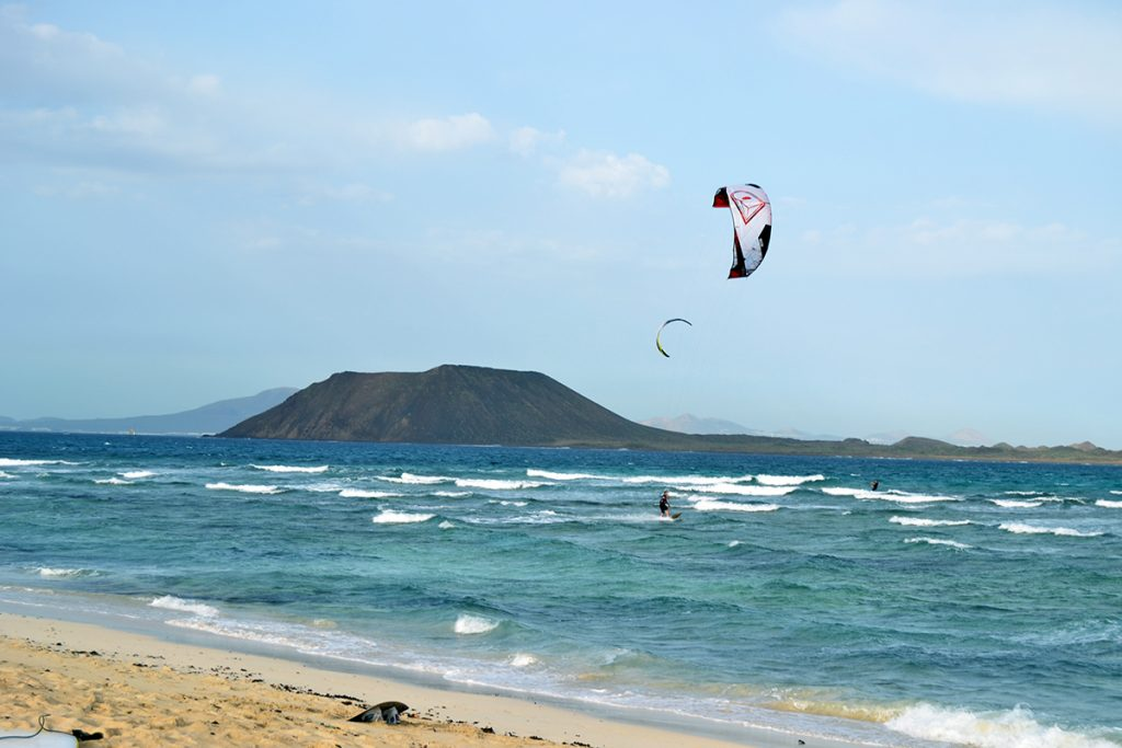 Lina kitesurfing at Flag beach