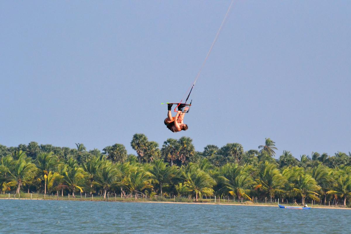 Kitesurfing in Sri Lanka Kalpitya Lagoon