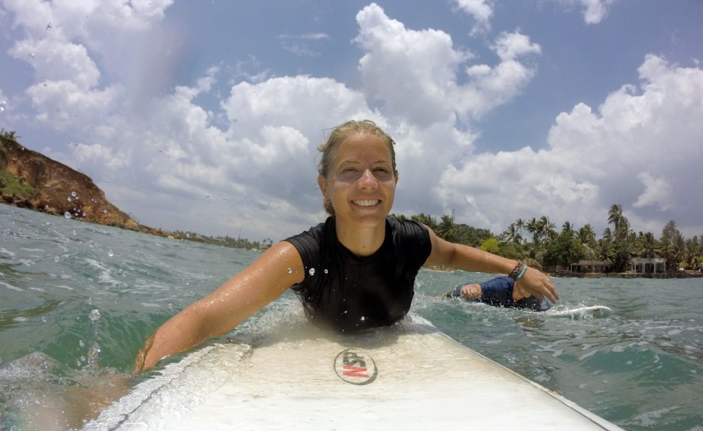 Lina paddling out in Mirissa